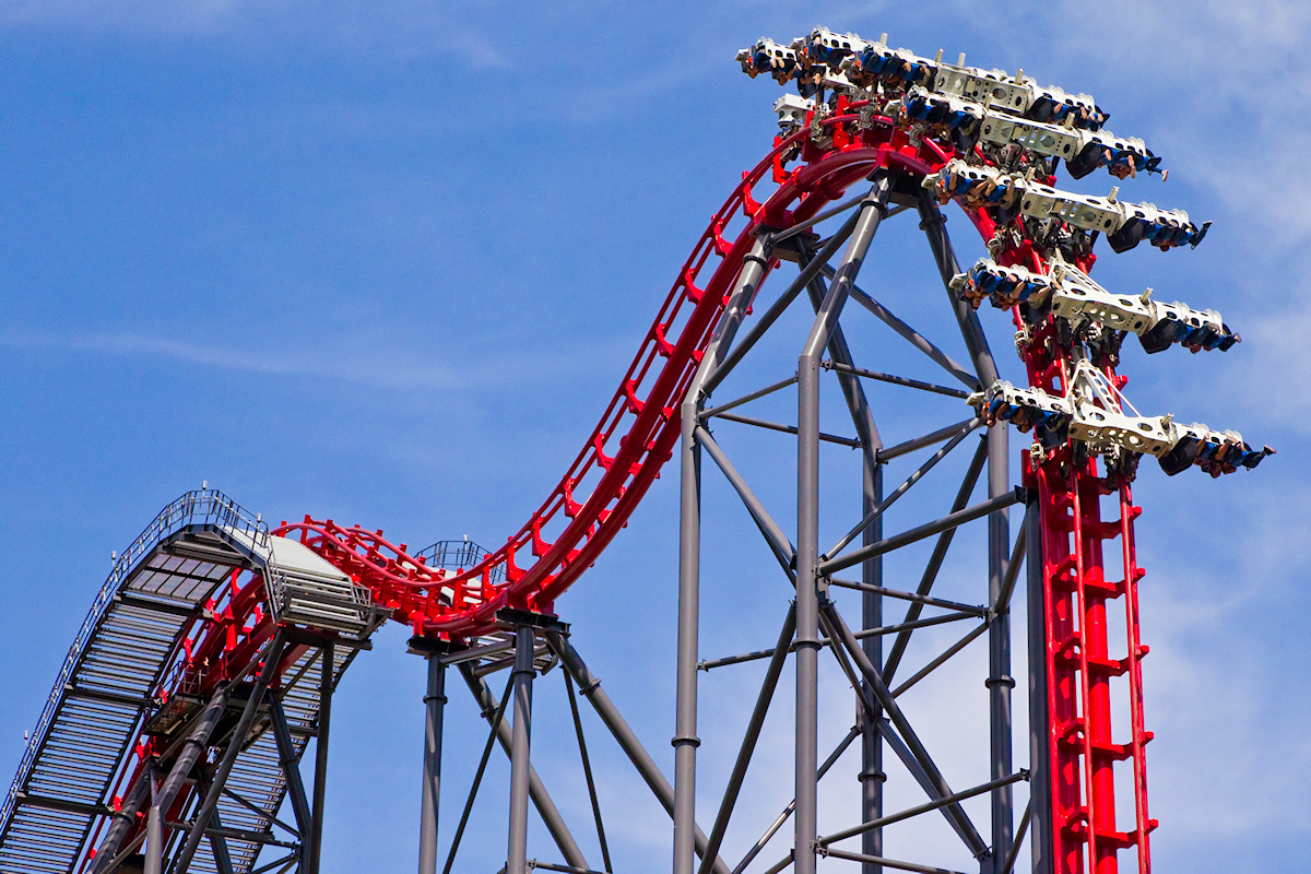 my first trip to six flags A six flags over georgia trip takes planning this guide has insider tips to beat the lines, six flags ride reviews, ticket discounts & more  (probably multiple times) within the first half hour of the park opening go mid-week mid-week is the least crowded time to visit six flags ga if you must come on the weekend, sunday is a better day.